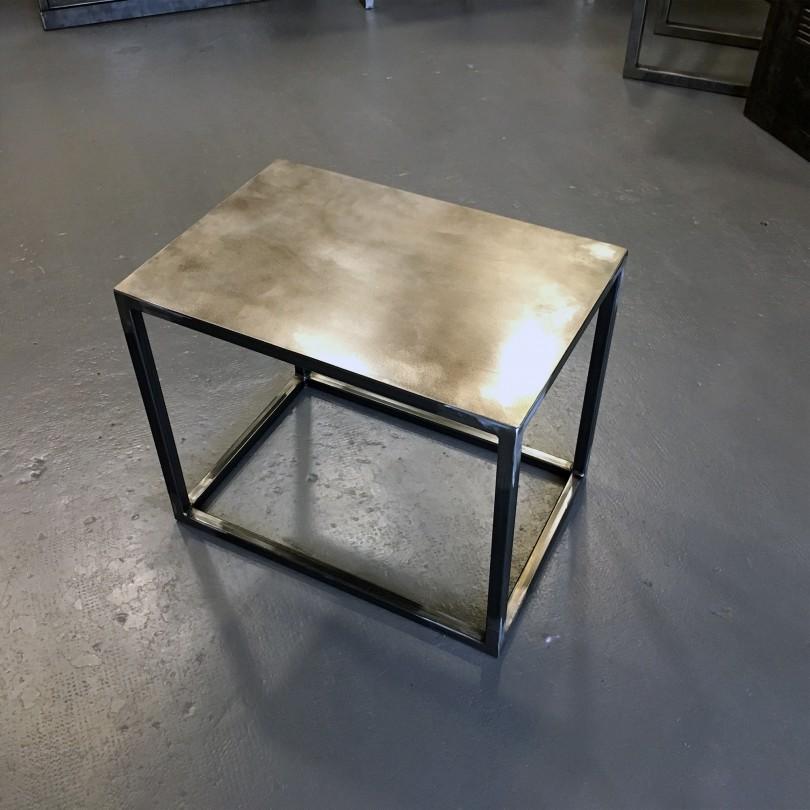 https://www.elisabeth-nicolas.com/720-thickbox_default/table-d-appoint.jpg