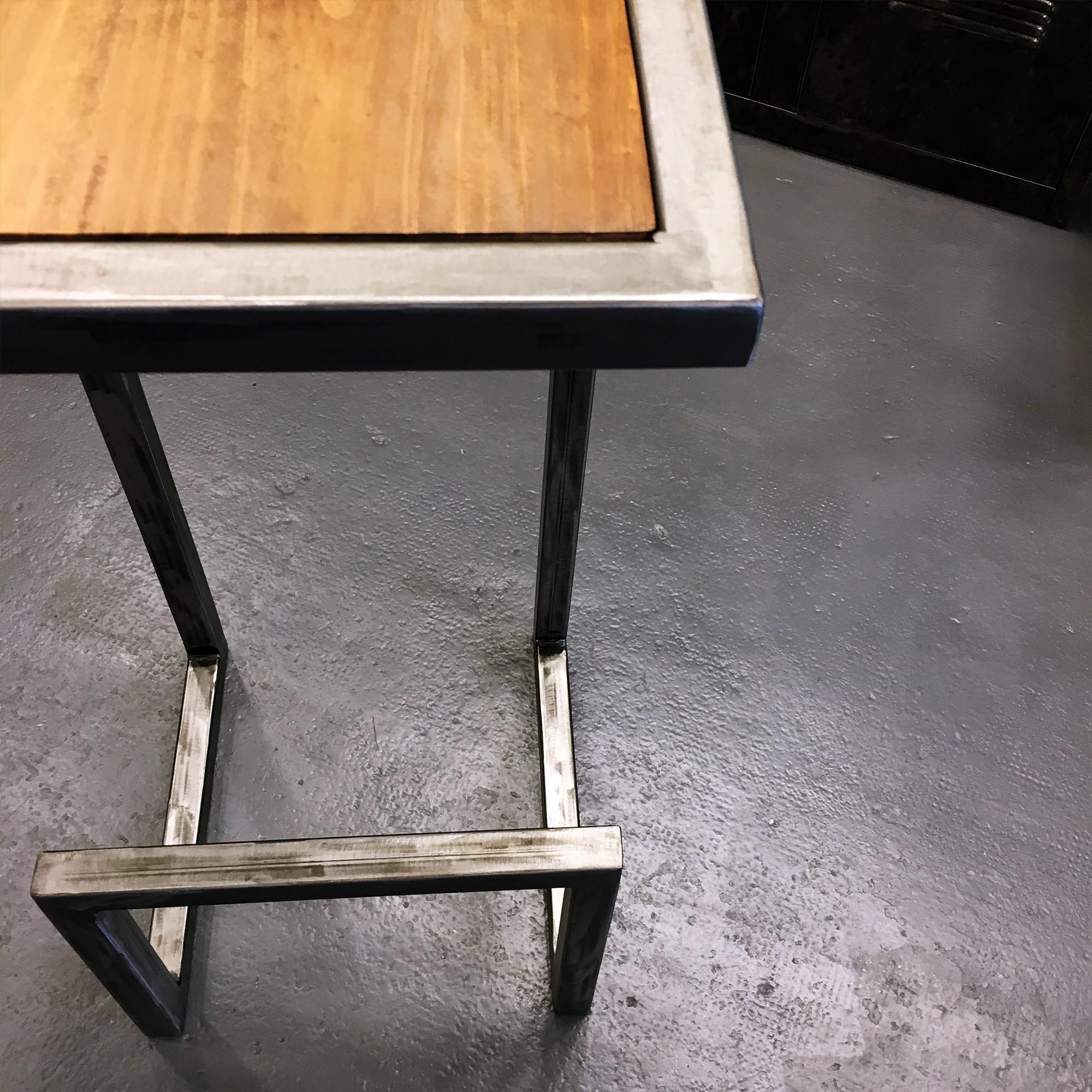 Fabriquer Un Bar En Bois tabouret de bar en acier et bois - fabrication française