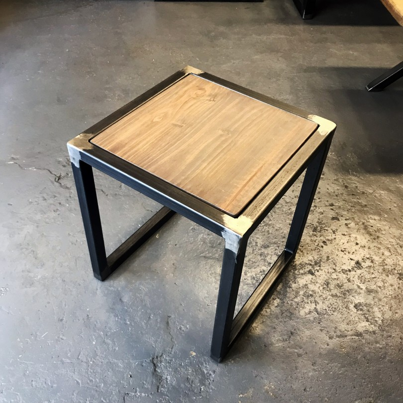 https://www.elisabeth-nicolas.com/807-thickbox_default/fauteuil-long.jpg